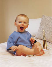 Kinder lachendes Baby